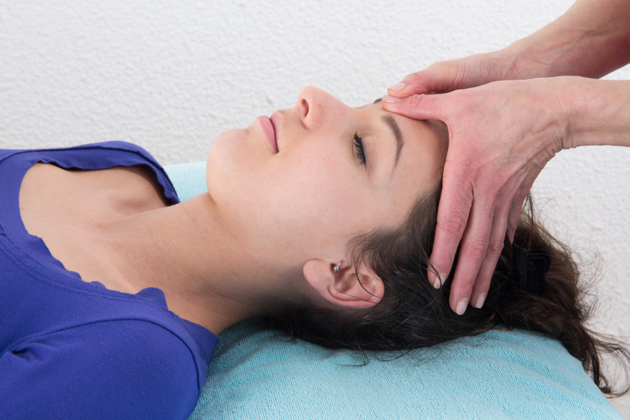 Birgit Monz Indische Kopfmassage